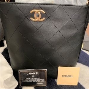 AUTHENTIC CHANEL BUCKET BAG! MINT CONDITION!!!
